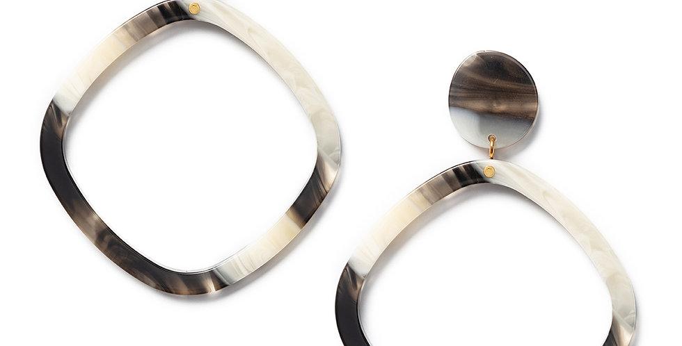 Usagi earrings corno