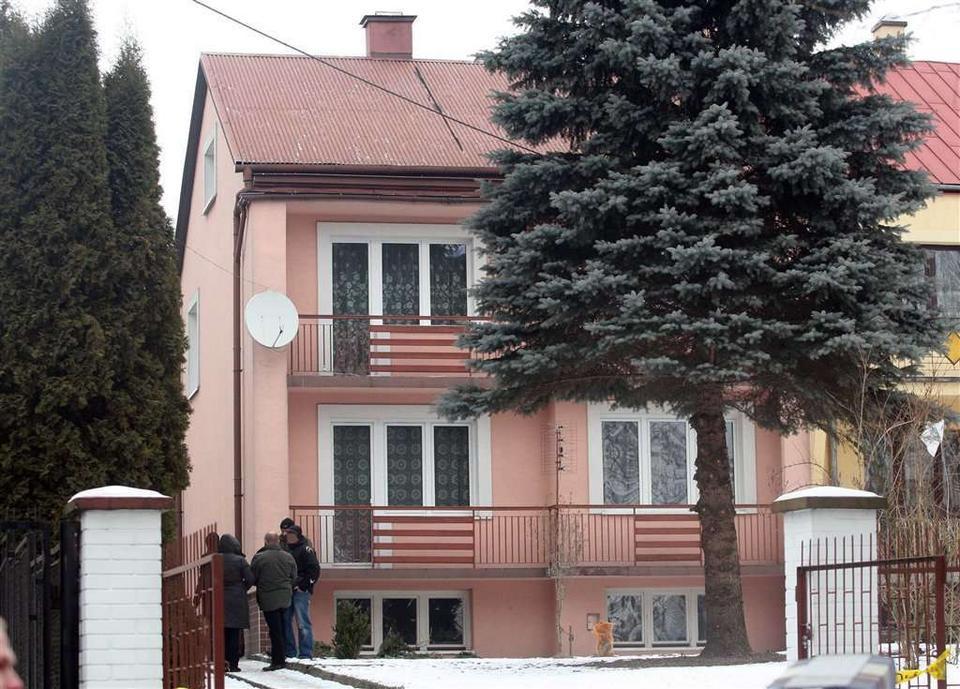 Różowy dom w Słomnikach