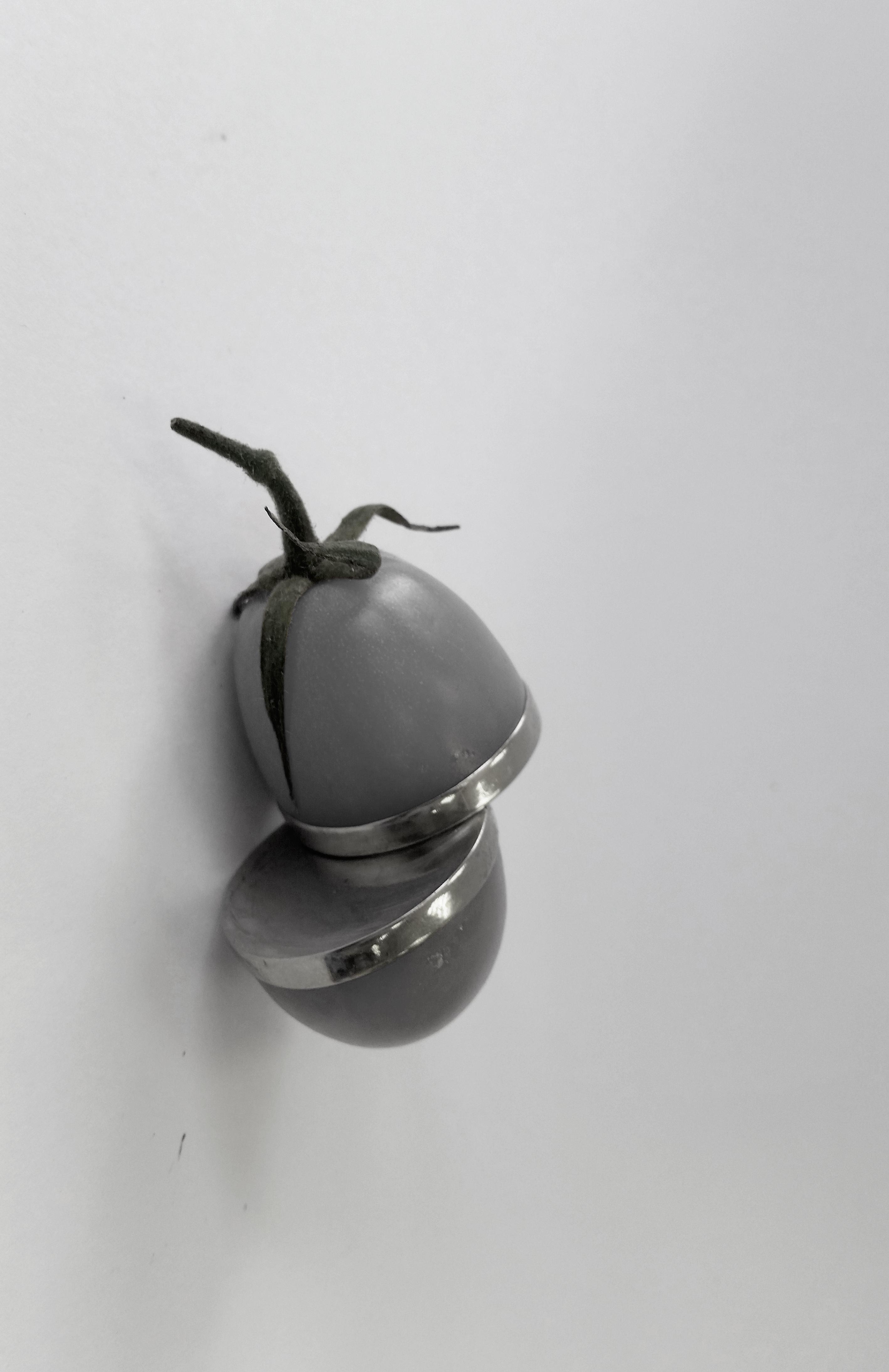 Kinetic Tomato
