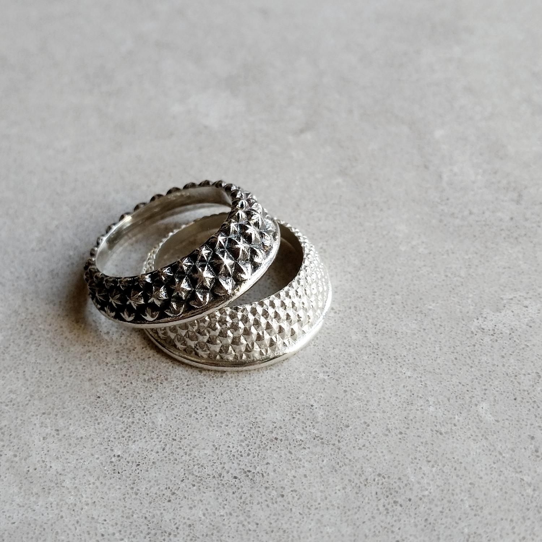 Armadillo Rings