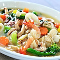 New! Seafood Crispy Noodle in Gravy Sauce