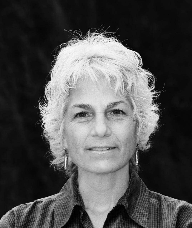 Dr. Leslie Cancilla