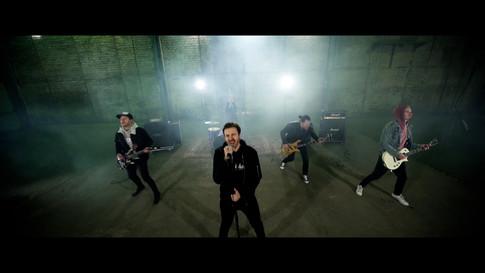 ONLAP - MIRACLE (Music Video).00_00_23_10.Still002.jpg