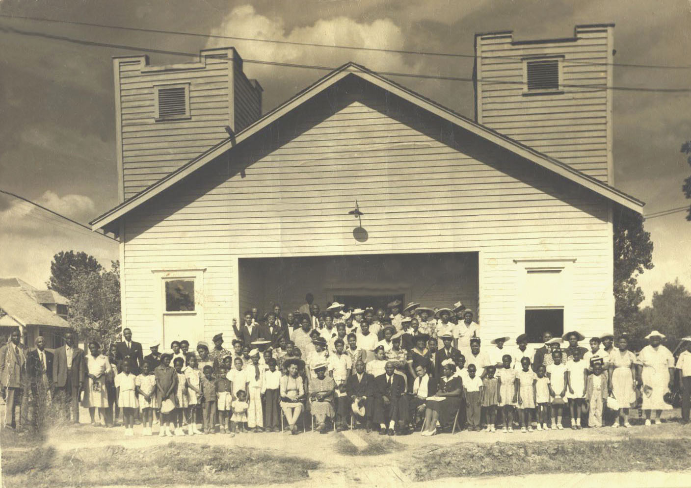 wooden building 1938 (pic#2)