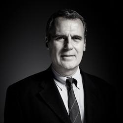 Robert APÉRY