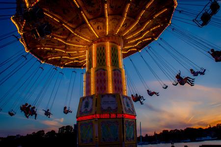 5798314-evening-in-the-carousel.jpg