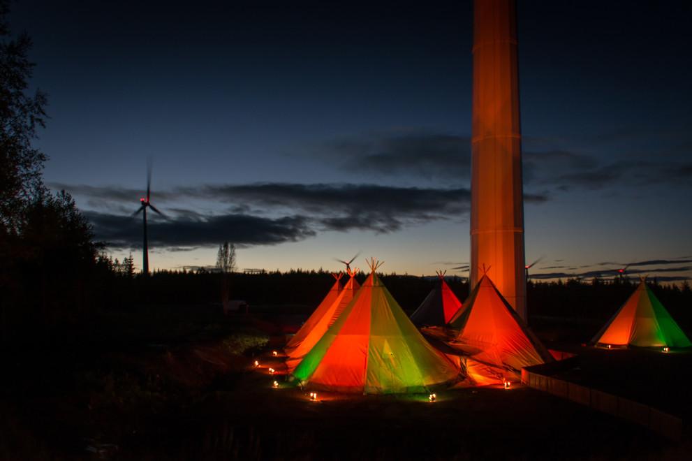 6020294-wind-turbine-and-tipis.jpg
