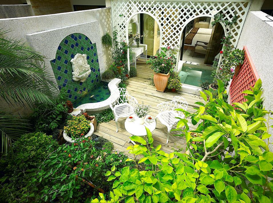 花園客房-歐風薔薇俯視.jpg