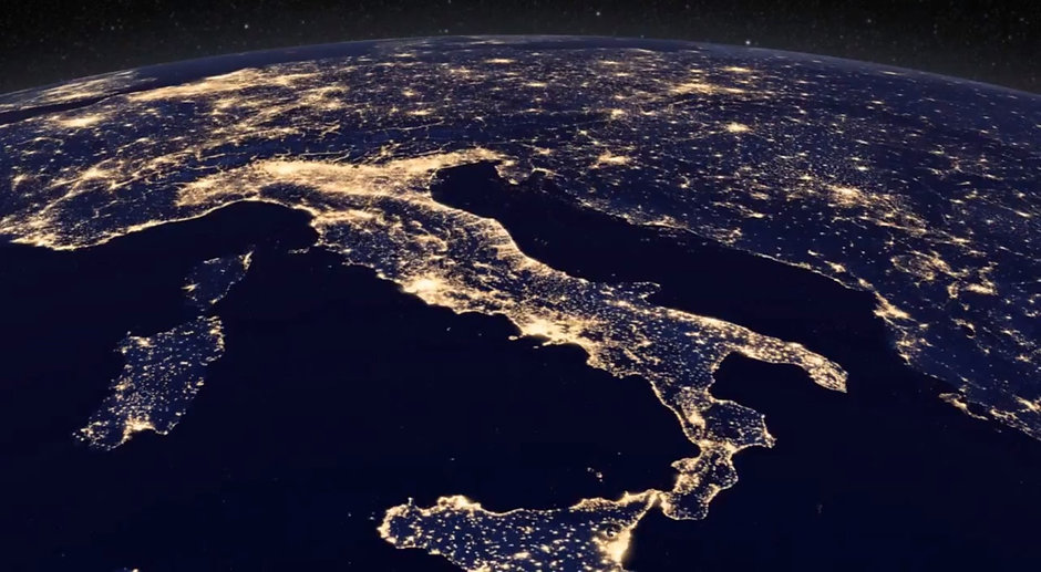 Italy from Space.jpg