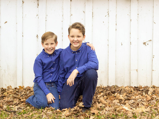 Is a mini session or a full session right for me and my family? - Olathe Family Photographer