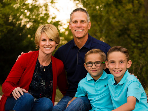 Fall Family Sessions are here - Olathe Photographer