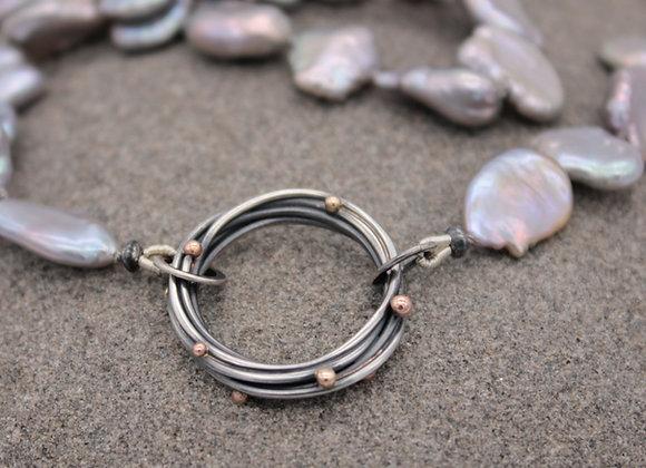 Grey keishi pearl halo necklace