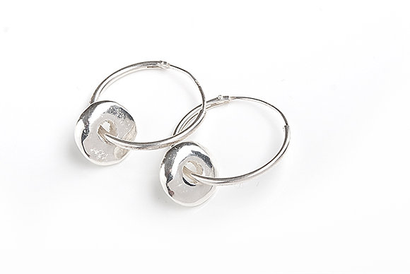 Hoop Earrings with Pebbles