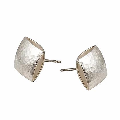 Pillow stud earrings