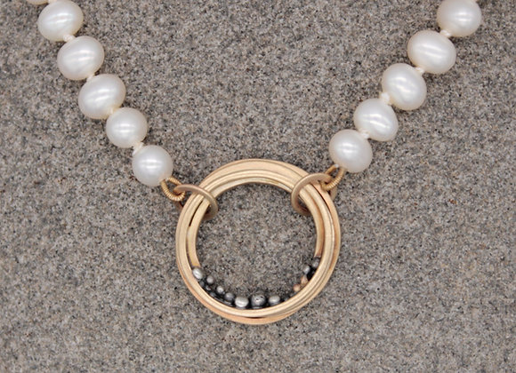 9ct halo cluster pendant on pearls