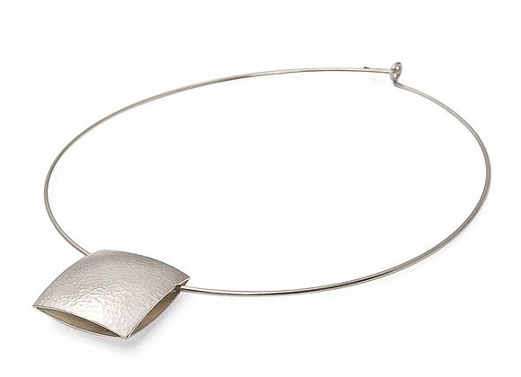 Pillow Collar Necklace