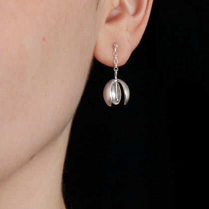 Snowdrop Chain Stud Earrings