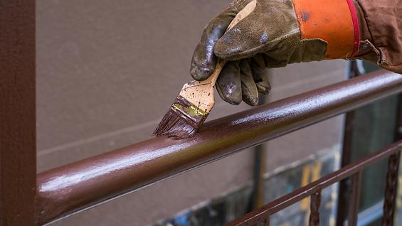 Painting the metal brown.png