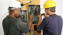 Electricians working together.jpg