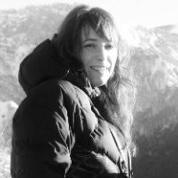 Cécile LARRE-LARROUY - Consultante
