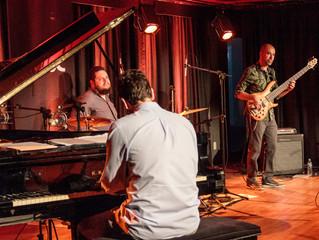 Trio Teimoso participa de Festival de jazz em praça de RP