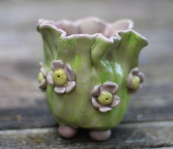 keramik vase med blomster.jpg