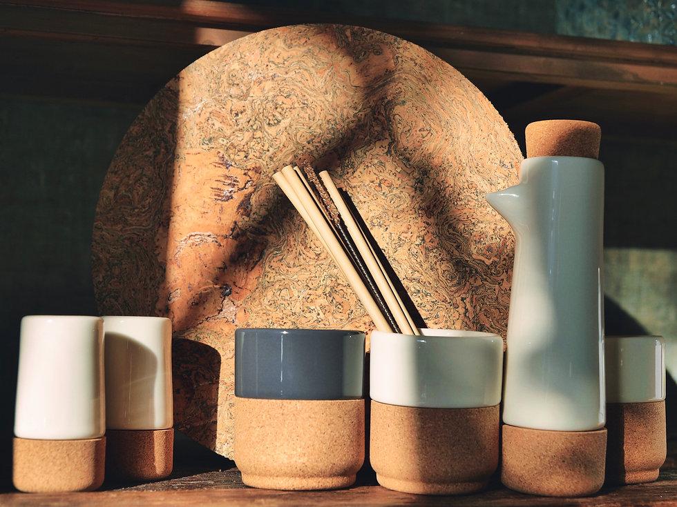 Liga Love Eco Living - Coffee Mug - Salt & Pepper Shaker - Oil & Balsamic Set - Cork Placemats