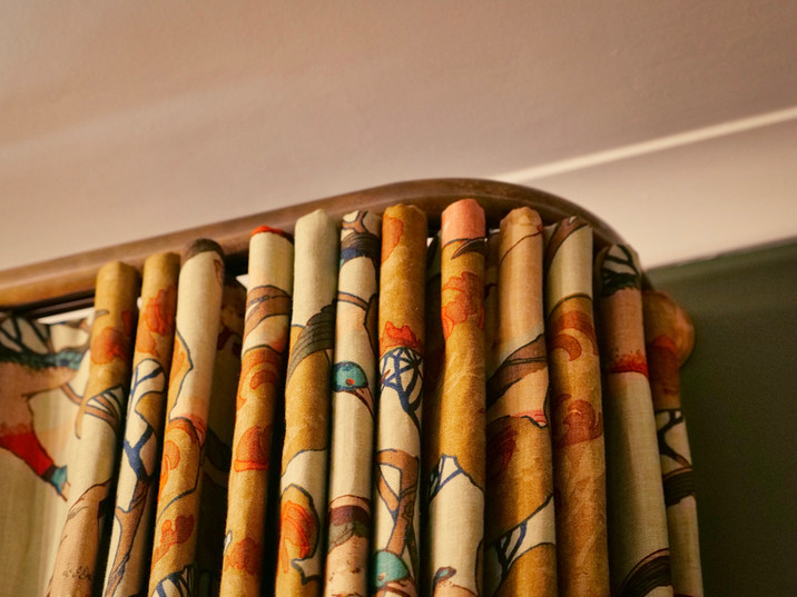 Bespoke Curved Curtain Pole-JWUK2020