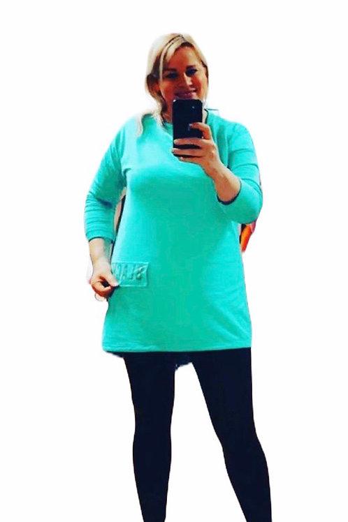 Extra long sweatshirt
