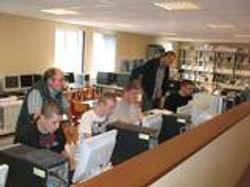 http://i958.photobucket.com/albums/ae64/mfr_haussy/Bac Pro seconde prepa PE 11 s