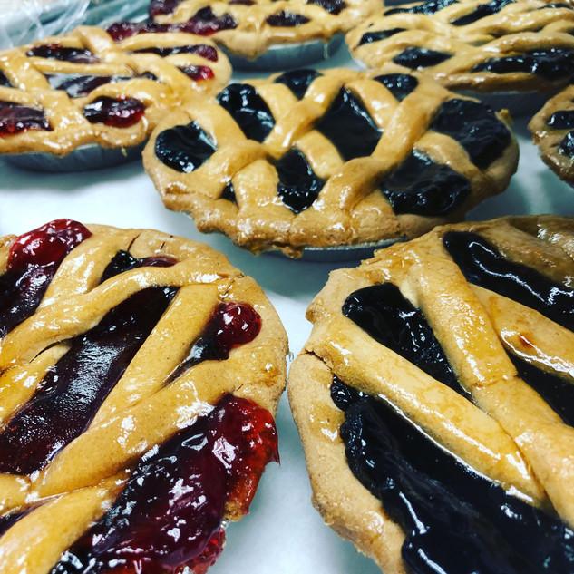 Gluten Free Cherry and Blueberry Pie