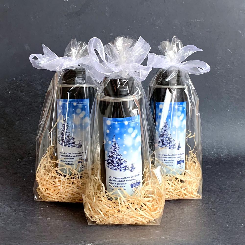 Olivenöl mit einer individuellen Etikette als Geschenk für Kunden und Mitarbeiter