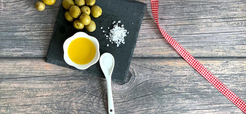Olio da Lei e Lui, feinstes und naturbelassenes Olivenöl extra vergine aus dem Süden Italiens, verleiht deinem Essen das besondere Etwas