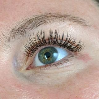 Classic Round Eyelash Extensions