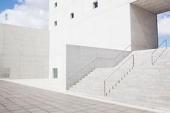 Escaliers minimalistes