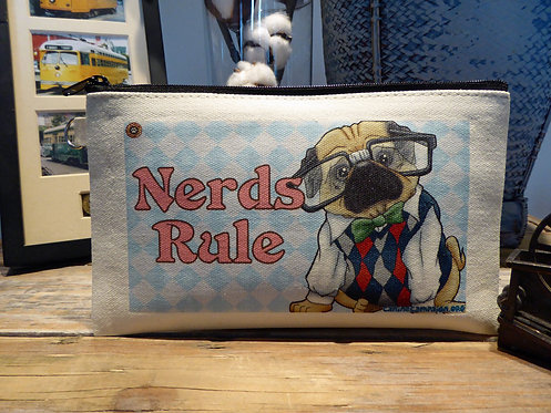 Nerds Rule - Pug (7.5in x 4.5in)