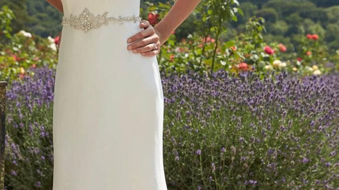 Romantica Averil Size 8UK Ivory - Sale Bridal Gown