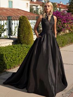NINA BLACK FRONT GOOGLE.jpg