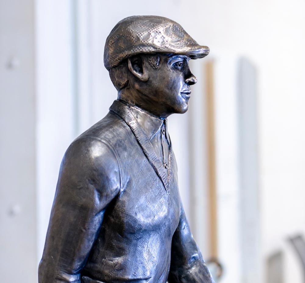 Pilot Dog bronze sculpture