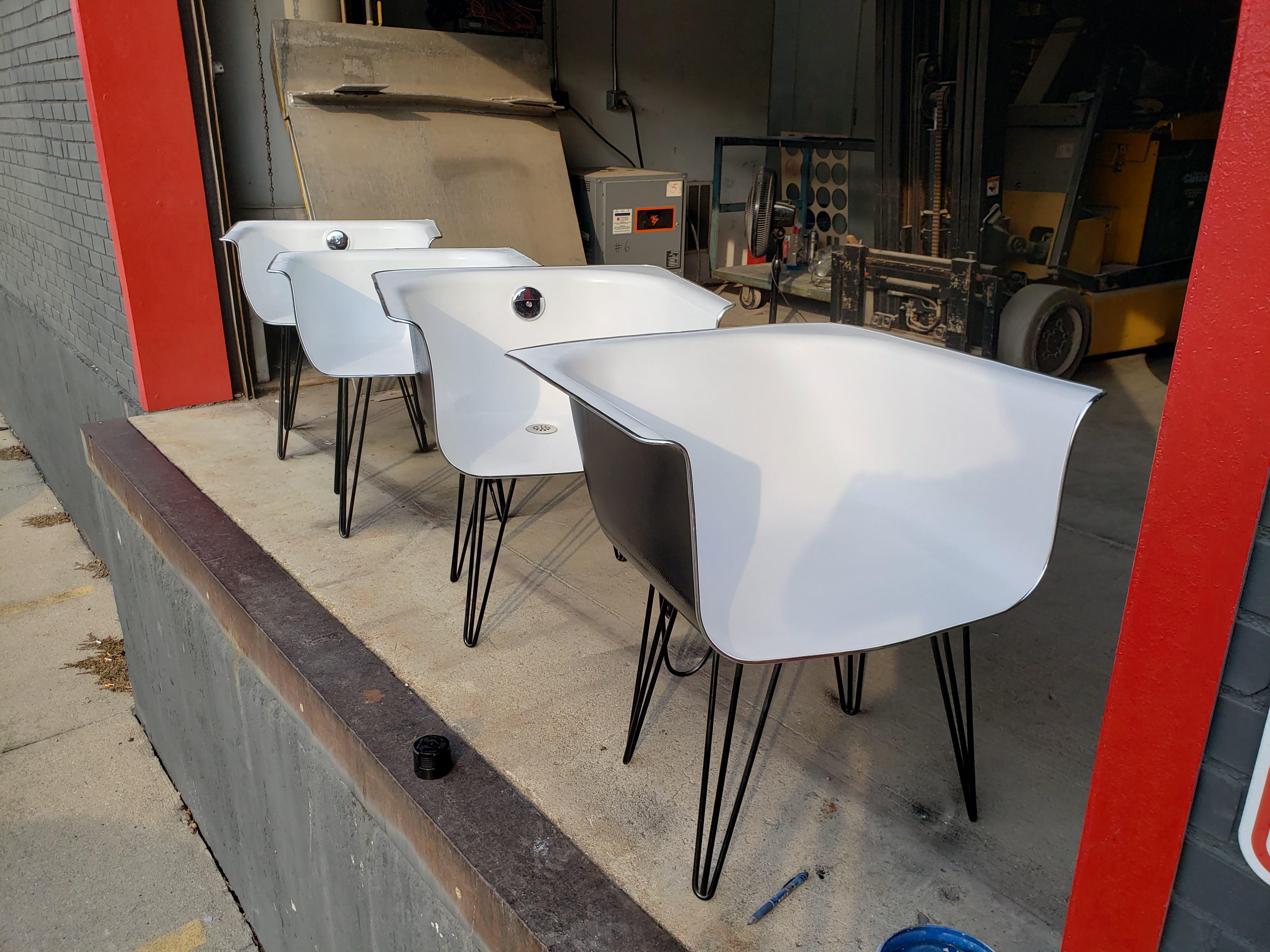Bathtub chairs Taft Brewery