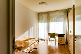 _AIL5555-1 Zimmer!.jpg