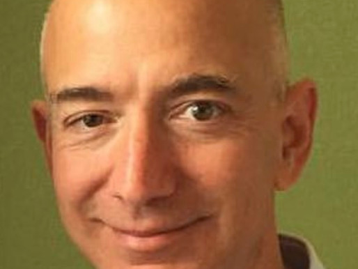 Amazon Founder Jeff Bezos Will Step Down as CEO Later This Year