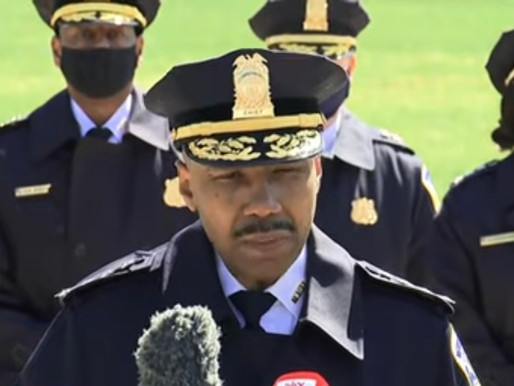 Man Drives Car Into US Capitol Barricade Killing 1 Officer