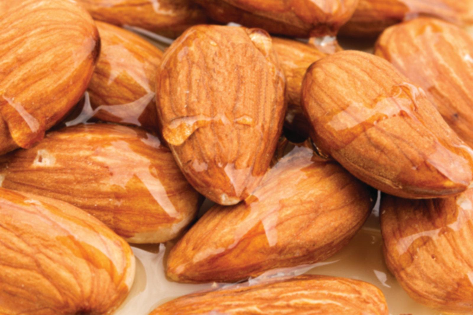 almonds3.jpg