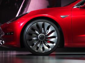 Tesla Model 3 представлена публике