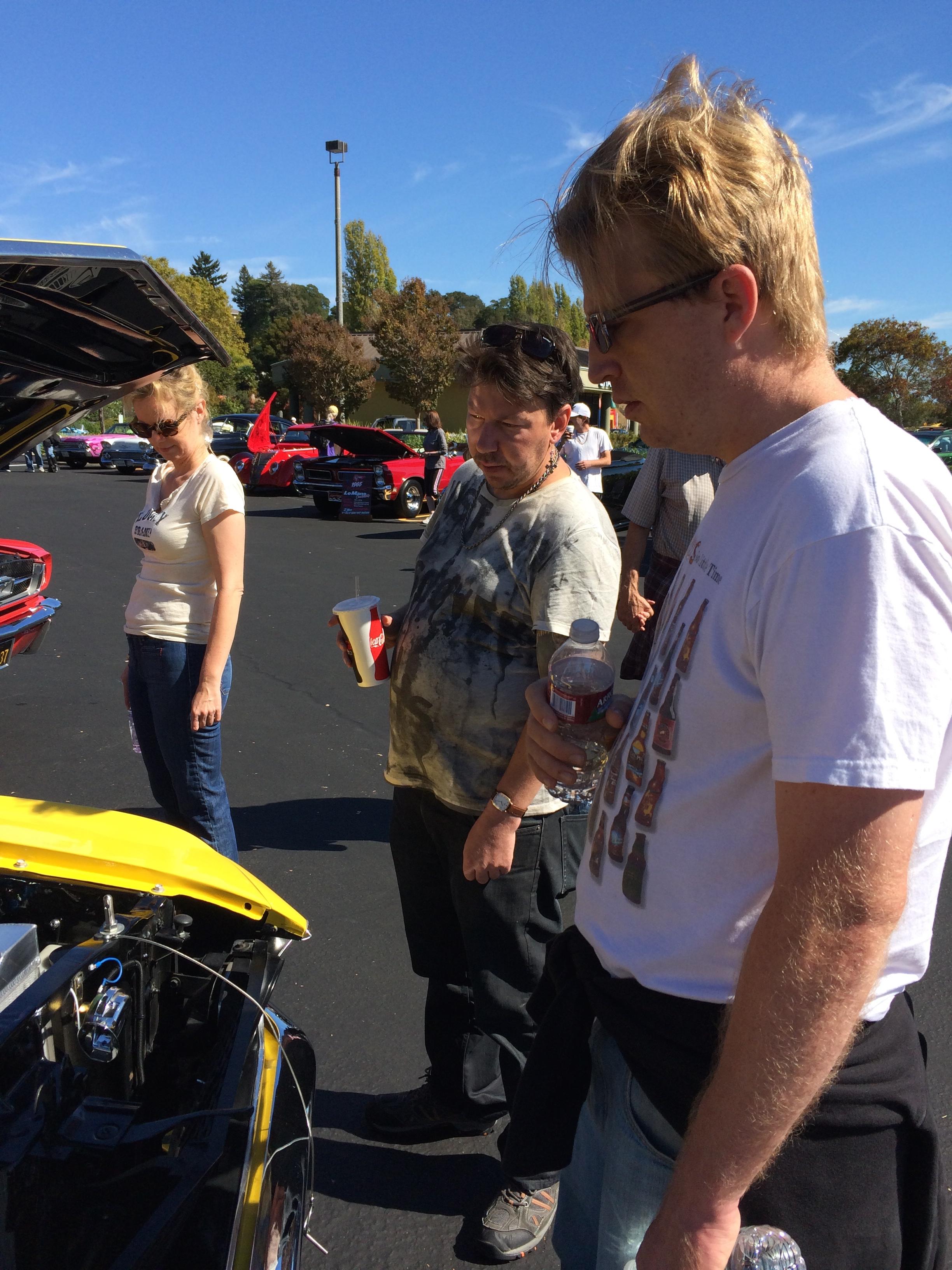 Hanna, DJ & Jonathan at car show