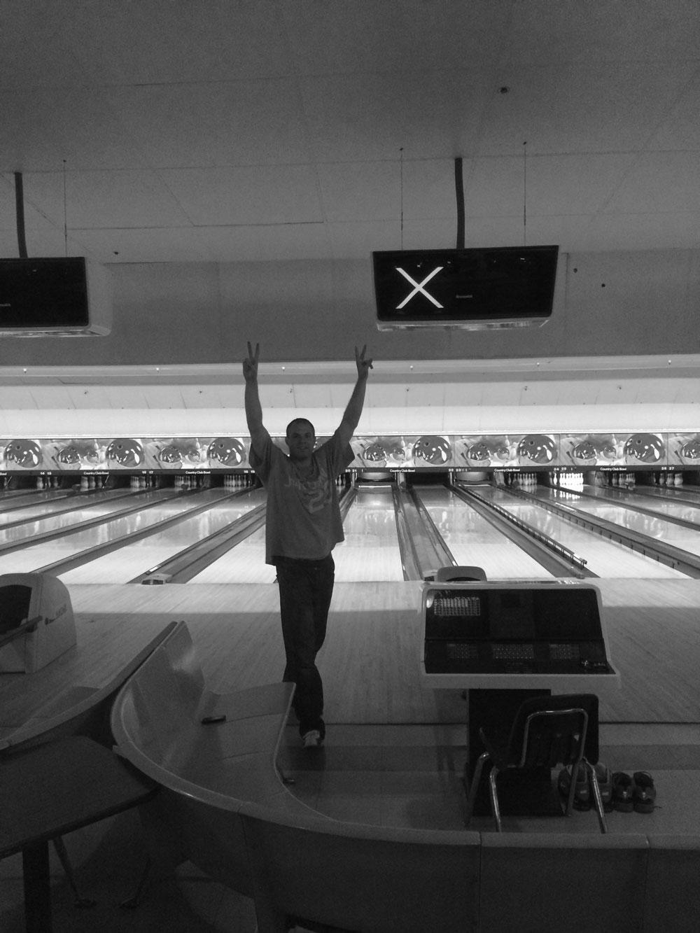 bowling-strike-bw.jpg