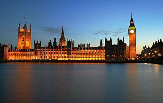 Big Ben on Thames, London
