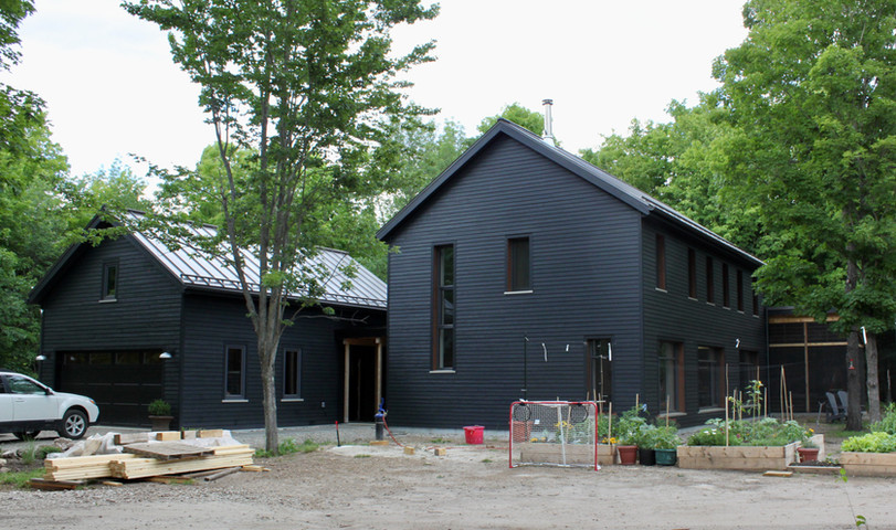 Still lots of landscaping work going on, but the house is completed!