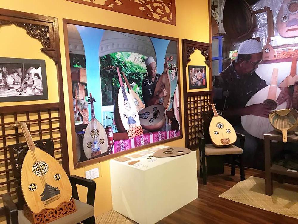 Instruments Museum - Gambus